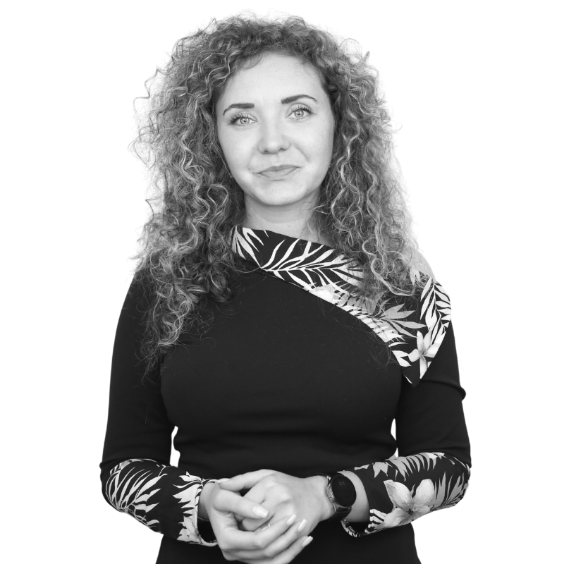 Alexandra Cerbu, Head of Digital Marketing re7consulting